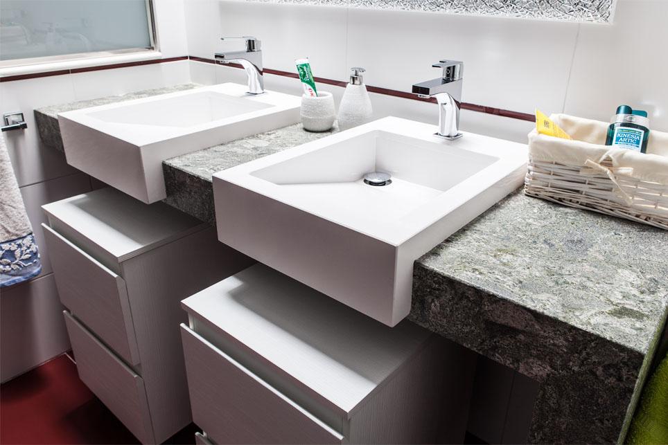 Encimera de ba o con lavabos sobre encimera m rmoles - Encimeras lavabos bano ...