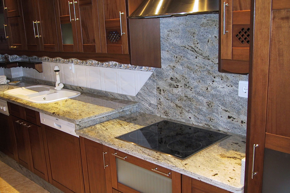 Eucalyptus Green Granite Countertop With Plated M 225 Rmoles