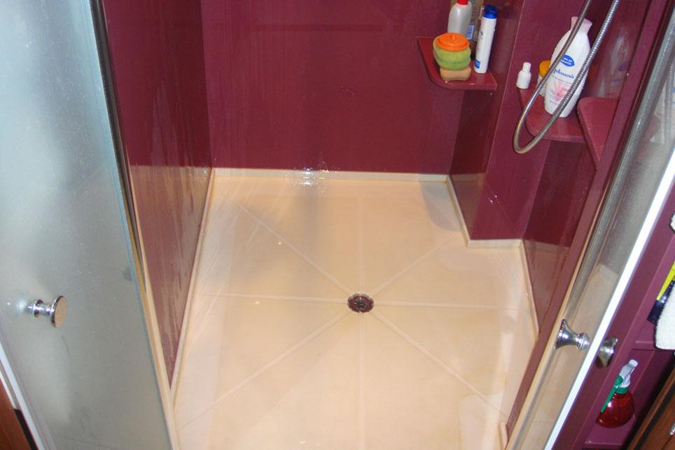 Platos de ducha con agallones m rmoles santo domingo for Plato ducha silestone