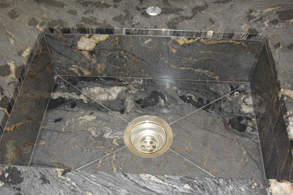 Encimera en granito titanium con fregadero integrado m rmoles santo domingo - Fregadero de granito ...