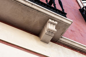 Eaves, friezes and brackets